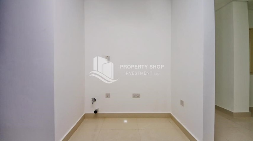 Laundry Room-Brand new tower in Al Reem Island ready to move in! Spacious bedrooms!