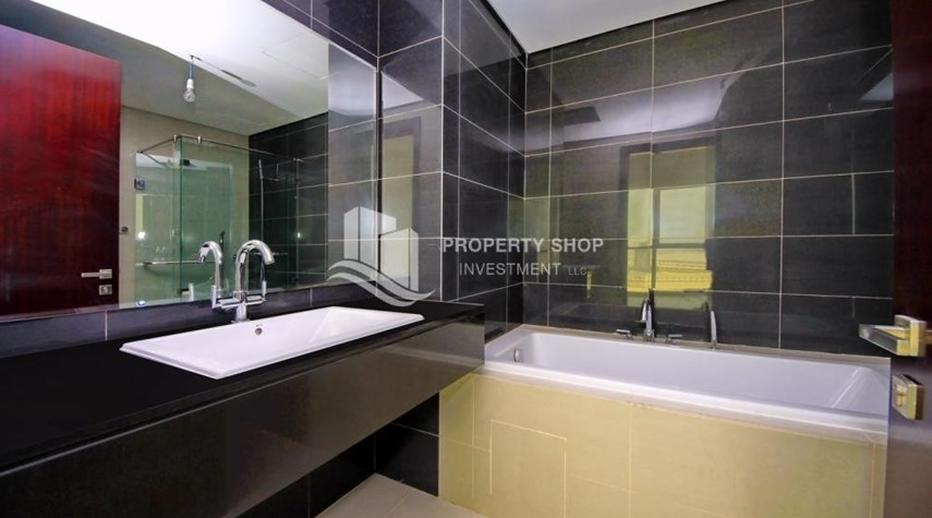 Master Bathroom-Brand new tower in Al Reem Island ready to move in! Spacious bedrooms!