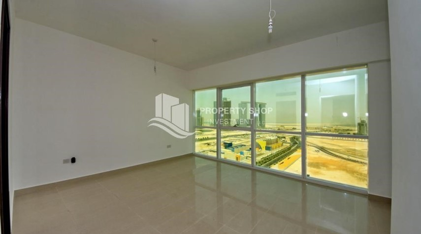 Master Bedroom-Brand new tower in Al Reem Island ready to move in! Spacious bedrooms!