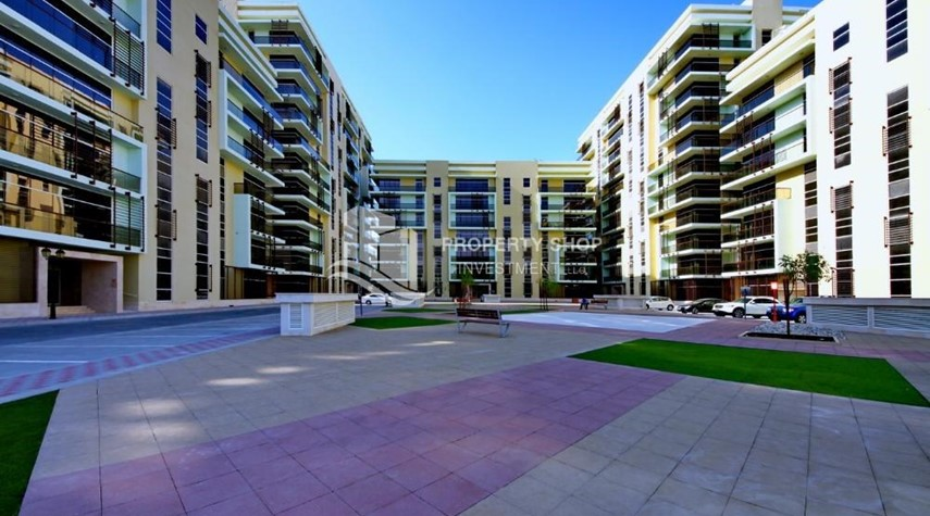 Property-Community view for Apartment for rent in Al Rayyana.