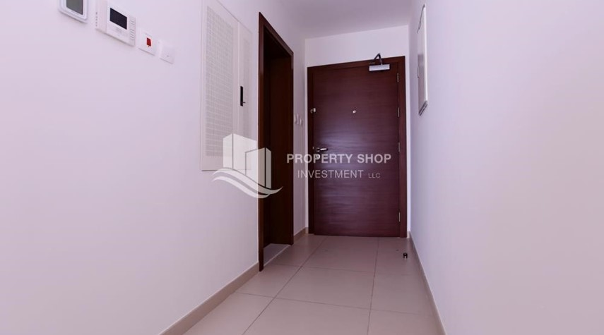 Foyer-Studio available for rent, The ARC, Reem Island!