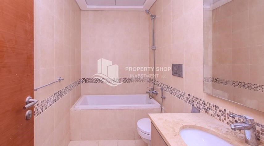 Bathroom-Spacious 2 bedroom + maids with full golf and sea view