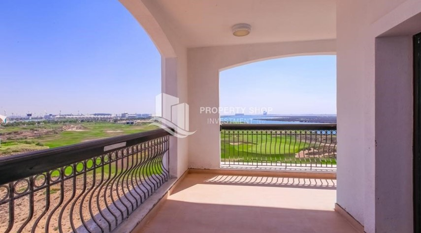 Terrace-Spacious 2 bedroom + maids with full golf and sea view