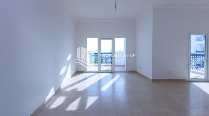 Living Room-Make You Move In☛  Brand New 3+Maid with Golf Course View!