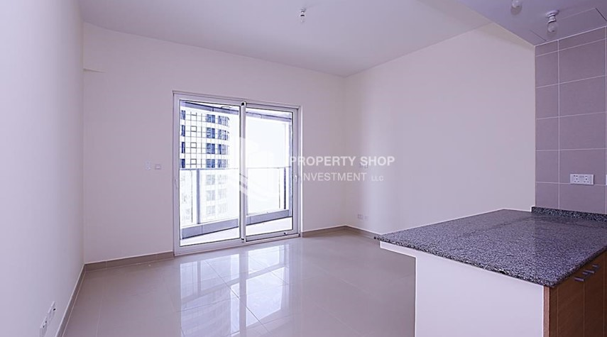 Living Room-Affordable 2BR Apt w/ amazing facilities.