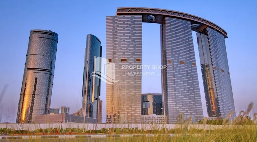 Property-High quality interiors, High Floor, 3BHK+M apartment with Sea view, ZERO COMMISSION
