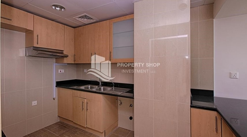 Kitchen-Upcoming 1 bedroom with Sky Pod for Rent !