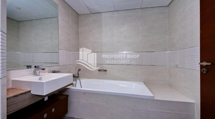 Bathroom-High floor 3+M Unit with Sea View.