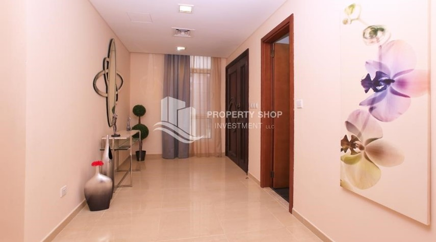 Corridor-Stunning Villa w/ great facilities for sale