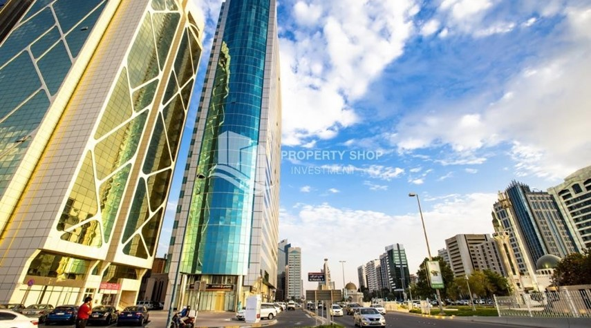 Property-Prestigious 3 Bedroom Apartment in Corniche Area for rent.