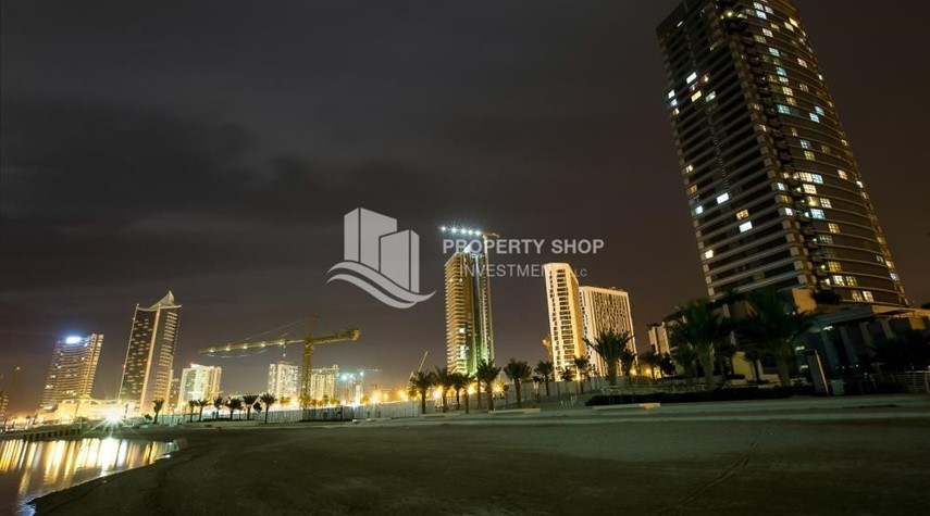 Community-Brand New! 3BR For rent in Al Qurm View