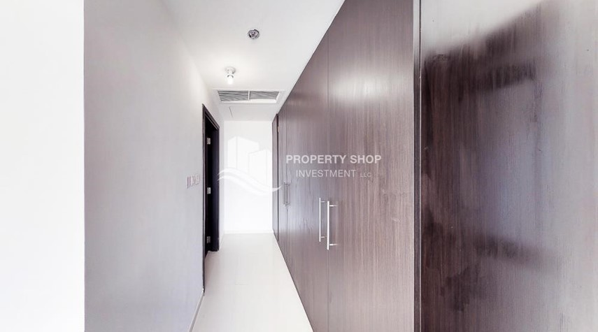 Built in Wardrobe-Horizon Towers 1 Bedroom Apartment for rent in Al Reem Island