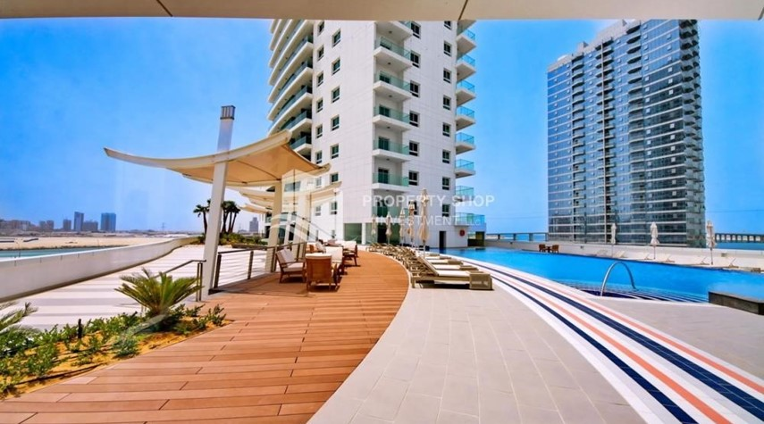 Facilities-Spacious 3 Bedroom Apartment in Amaya Tower Available now!