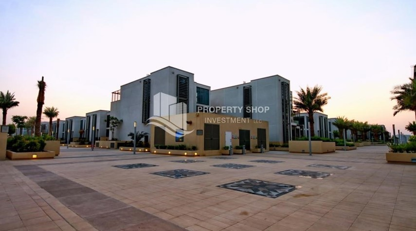 Community-Stunning 2 BR apartment for rent in al Raha Beach