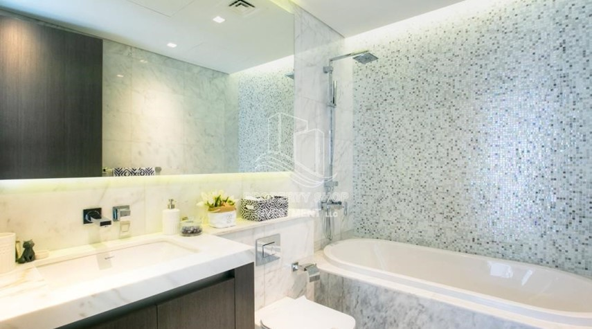 Bathroom-Duplex 4BR+M townhouse in Yas Acres.