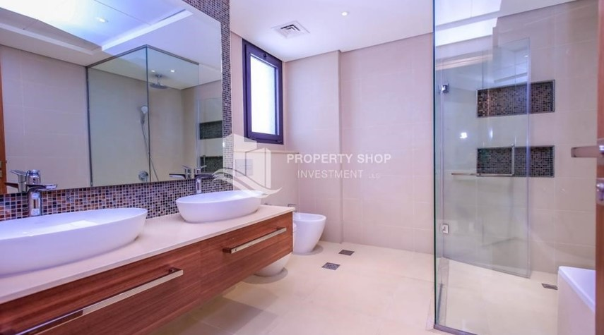 Master Bathroom-4BR+M with Driver's room and external landscaped garden.