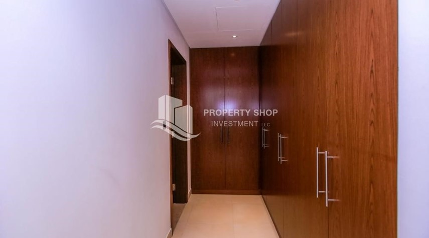 WalkIn Closet-4BR+M with Driver's room and external landscaped garden.