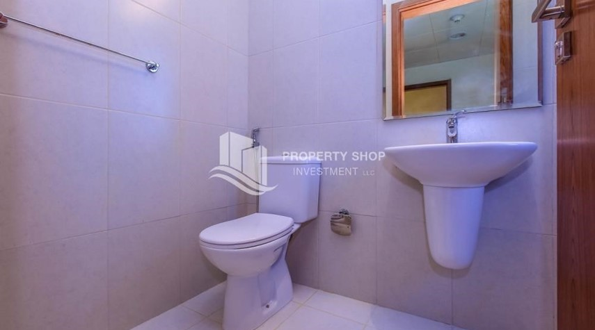 Bathroom-4BR Villa with Great Offer for Sale