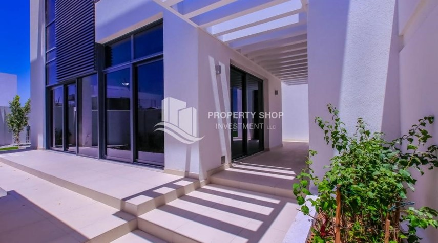 External Entrance-4BR Villa with Great Offer for Sale
