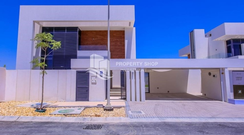 Property-4BR Villa with Great Offer for Sale