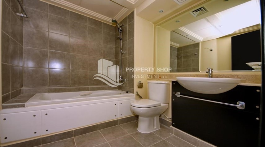 Bathroom-High End Living in a 3BR with Study Villa.