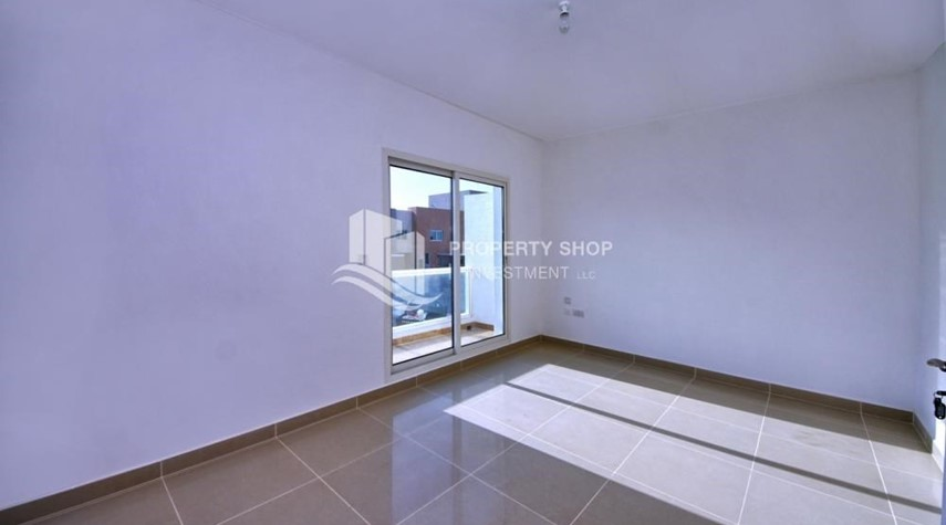 Bedroom-High End Living in a 3BR with Study Villa.