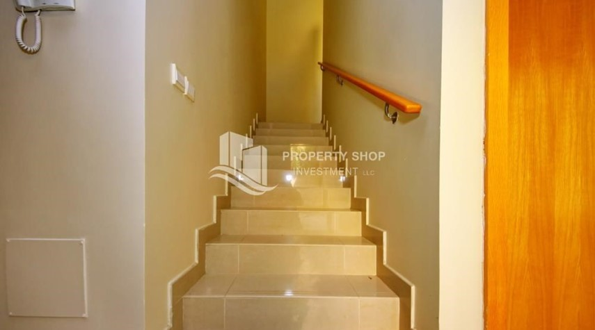 Stairs-Huge 4br+Maid Townhouse with Rental Refund